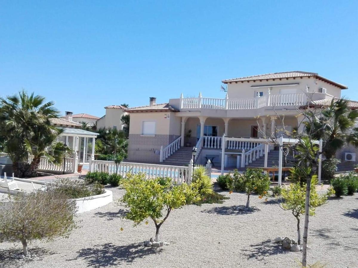 Villa del Rio (Espanha Campos del Río) - Booking.com