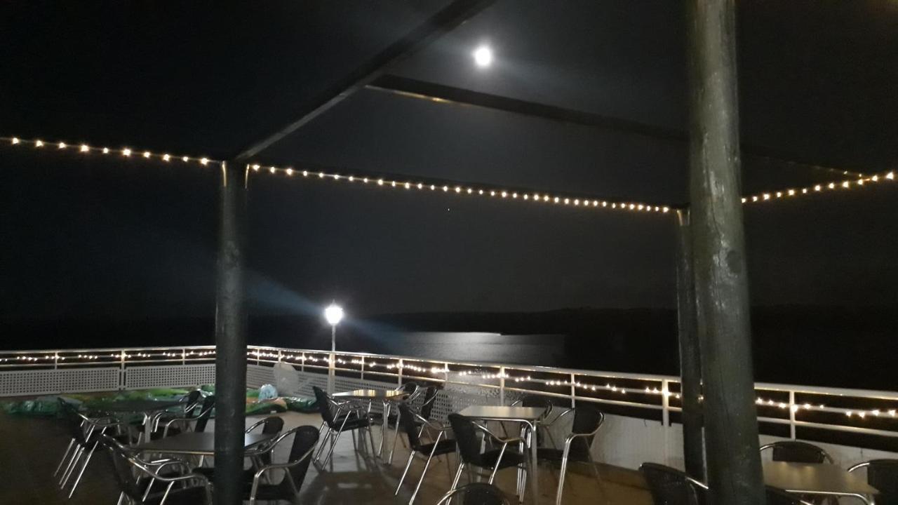 Bungalow-Camping Balcón de Orellan, Orellana la Vieja, Spain - Booking.com