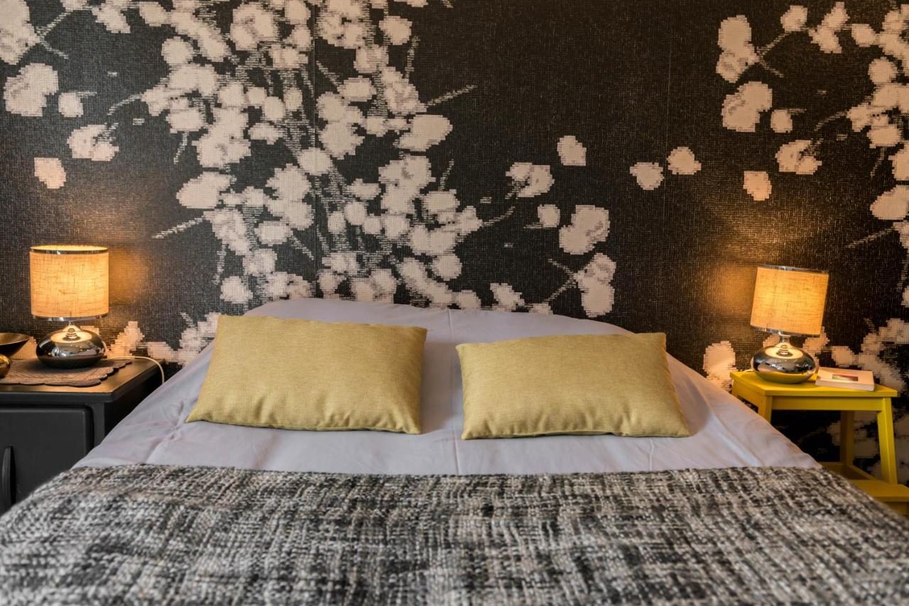 Bed And Breakfasts In Villemandeur Centre