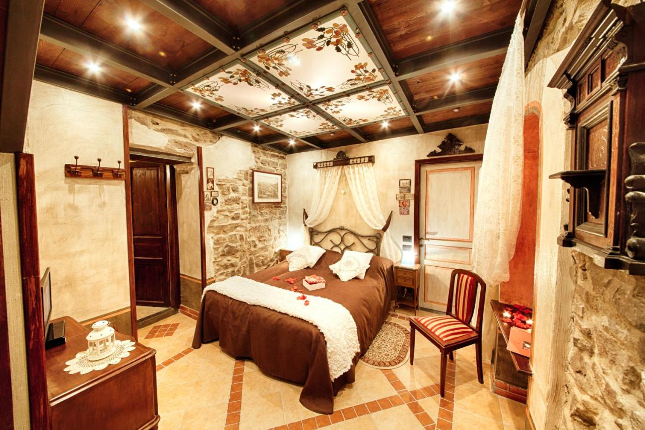 Hotels In Airole Liguria