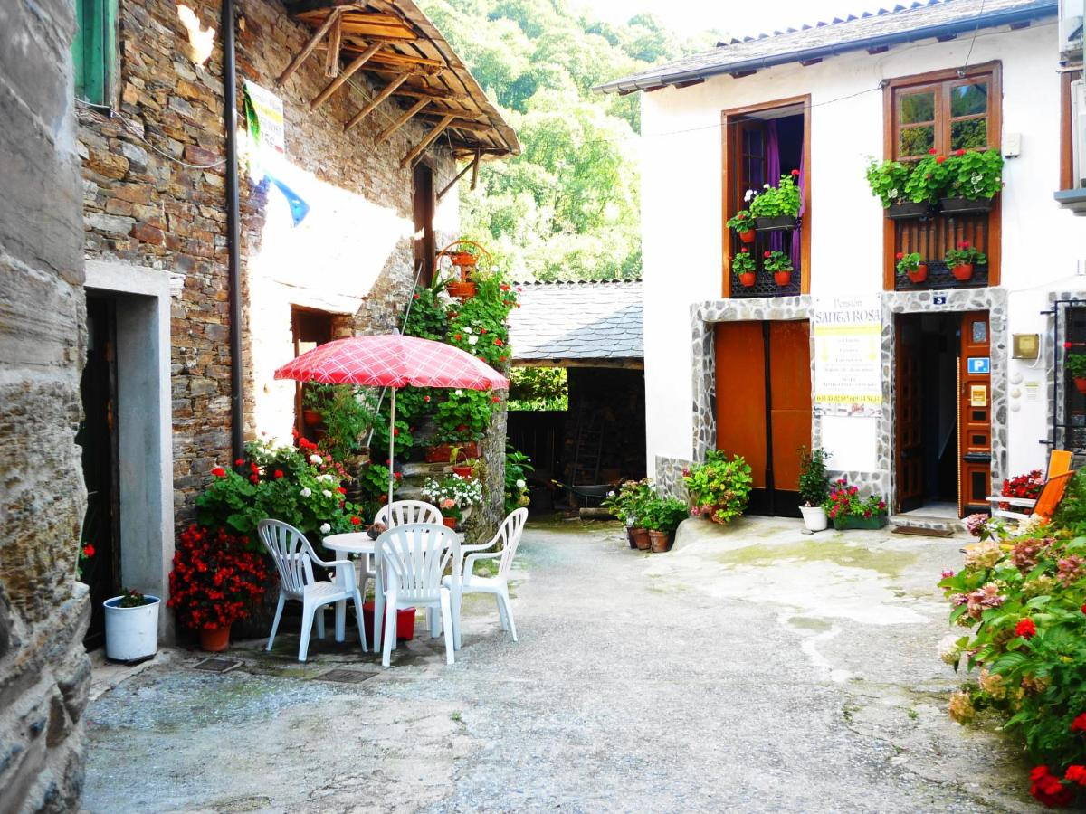 Guest Houses In Gorolfe Galicia
