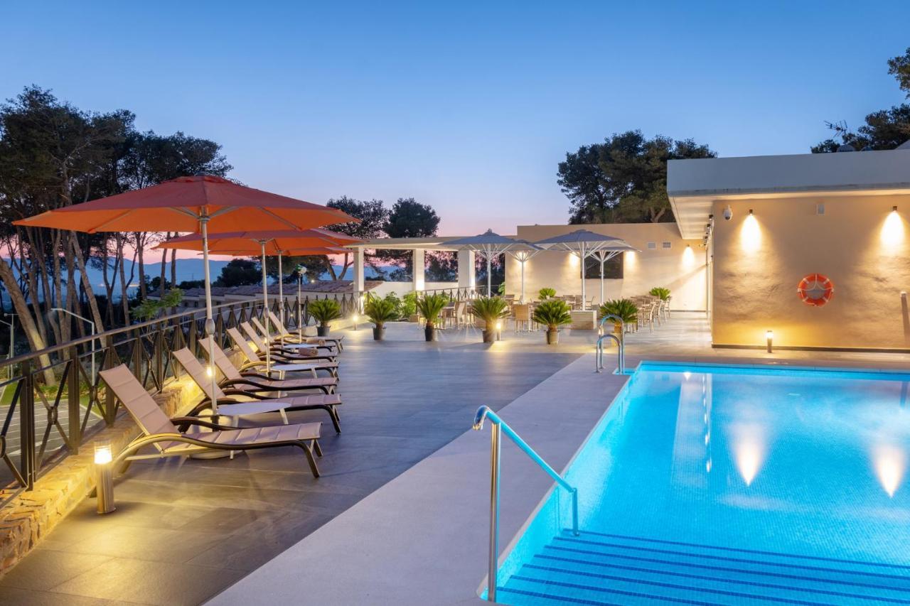 Hotels In La Atunara Andalucía