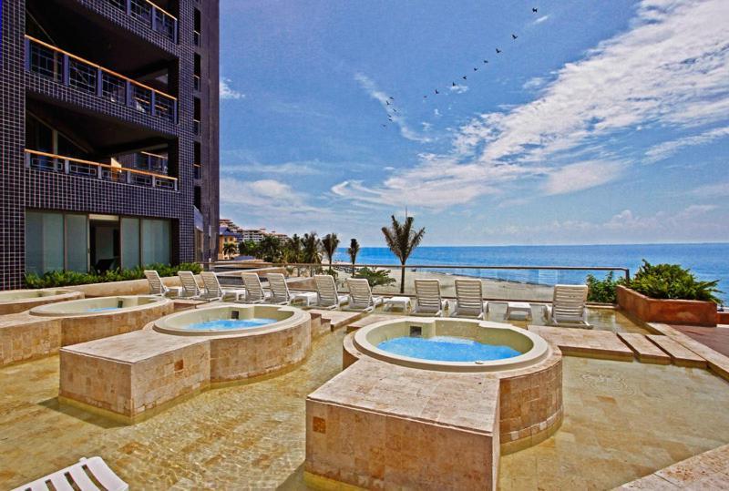 Zuana Beach Resort Hotel Spa Y Centro De Convenciones Santa Marta Magdalena Gaira Colombia Booking