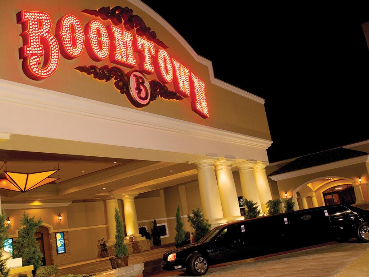 Casino reviews bossier city reasons for gambling age