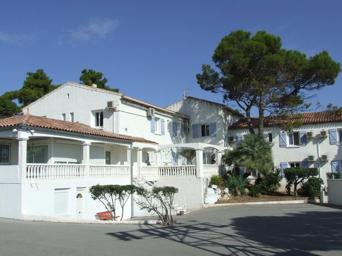 Hotels In Villeneuvette Languedoc-roussillon