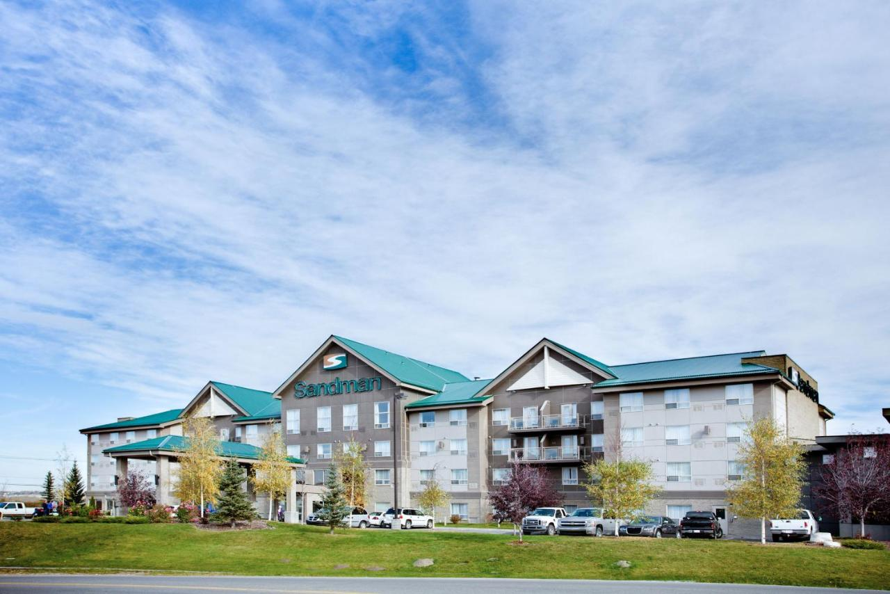 Hotels In Cochrane Alberta