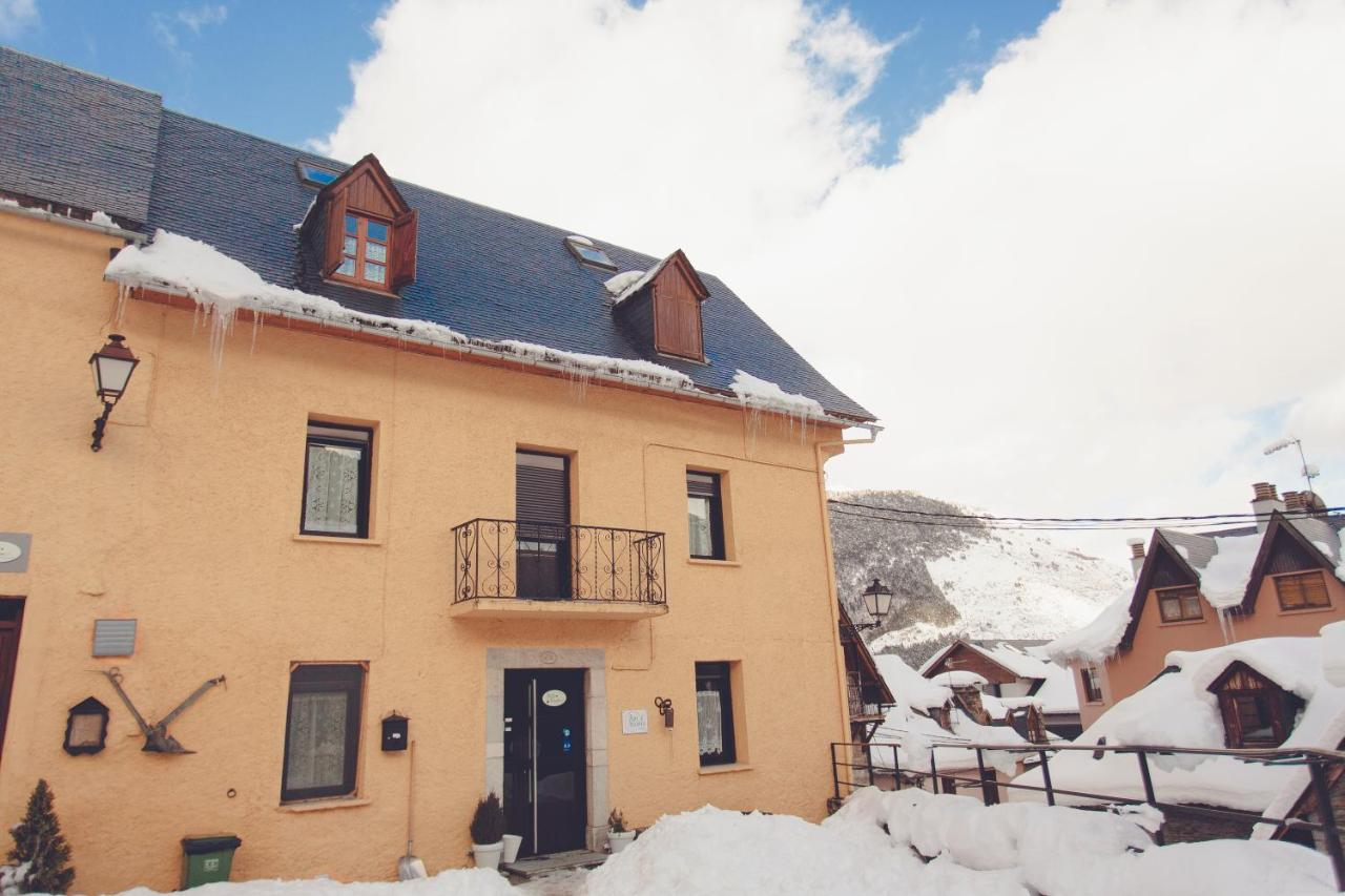 Guest Houses In Aubert Catalonia