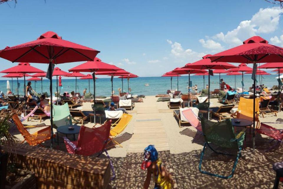 Perea Beach