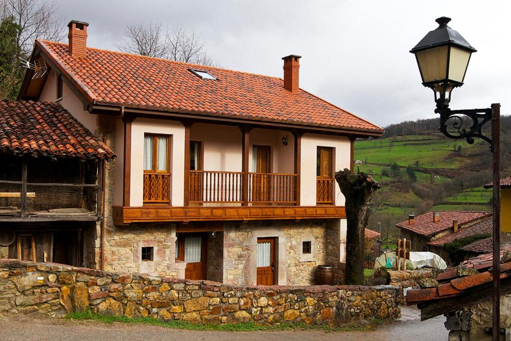 Hotels In Ríoseco Asturias