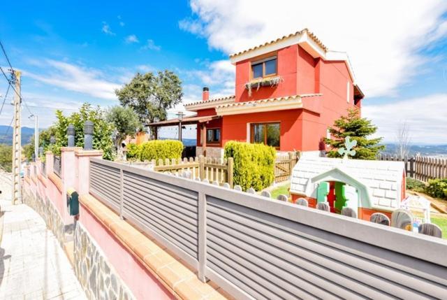 Fogars de Tordera Villa Sleeps 6 Pool WiFi, Fogars de la ...