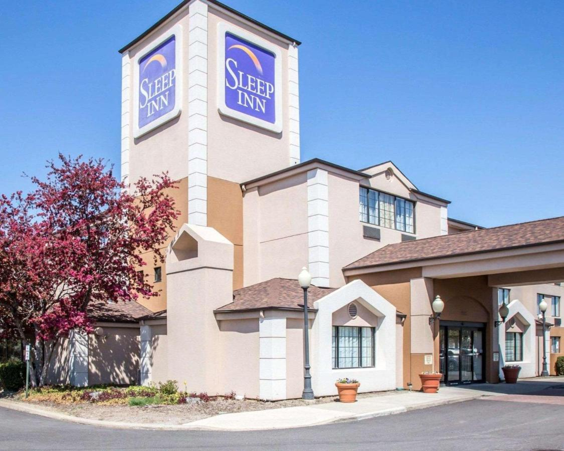 Sleep Inn Midway Airport Bedford Park Chicago Updated 2019 Prices Lincoln Town Car