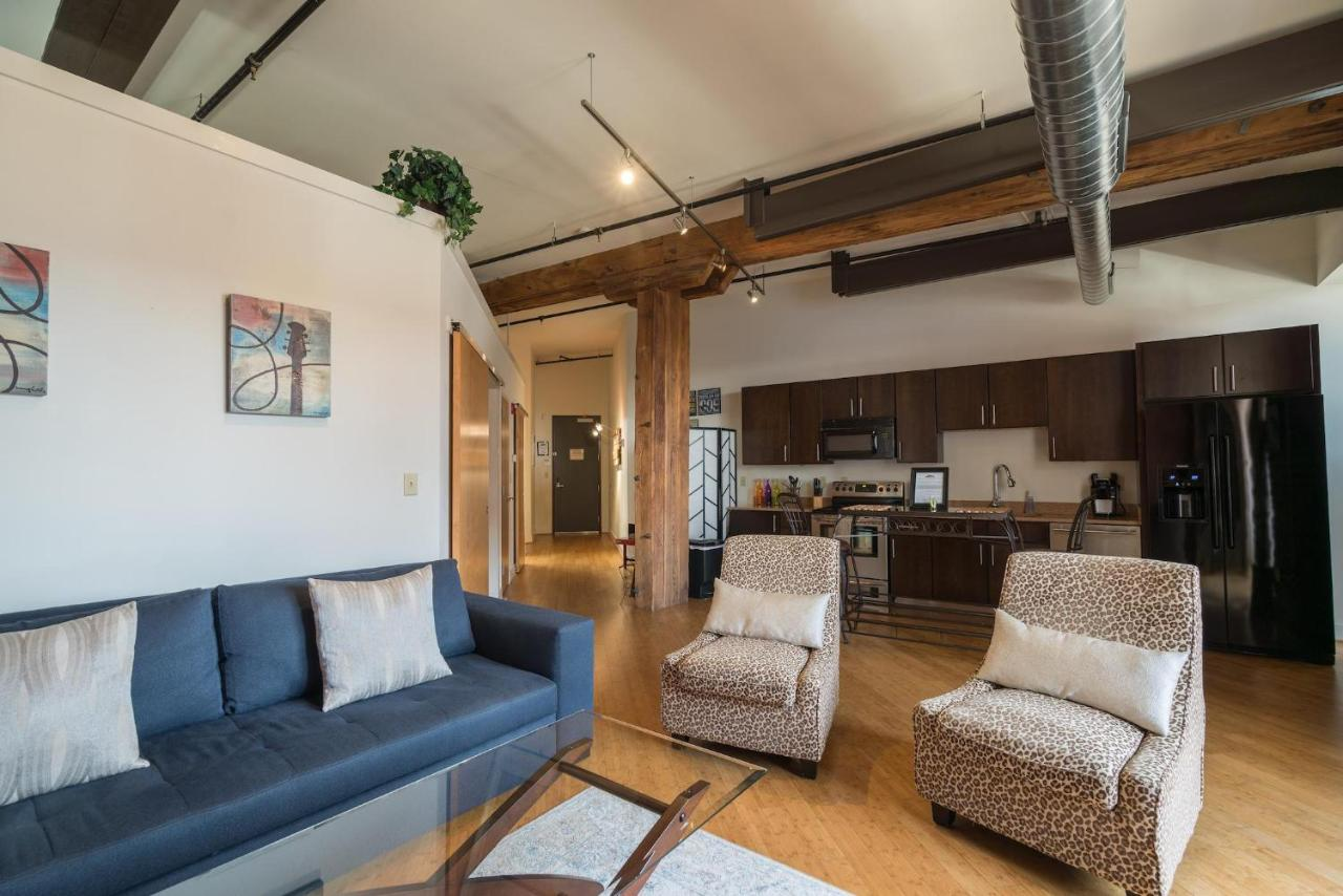 Apartment Music City Loft Fancy, Nashville, TN - Booking com