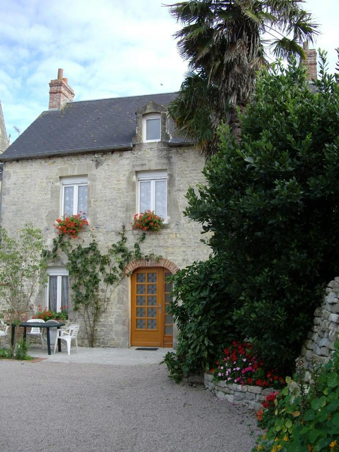 Bed And Breakfast Chambres De Lglise SainteMreglise France