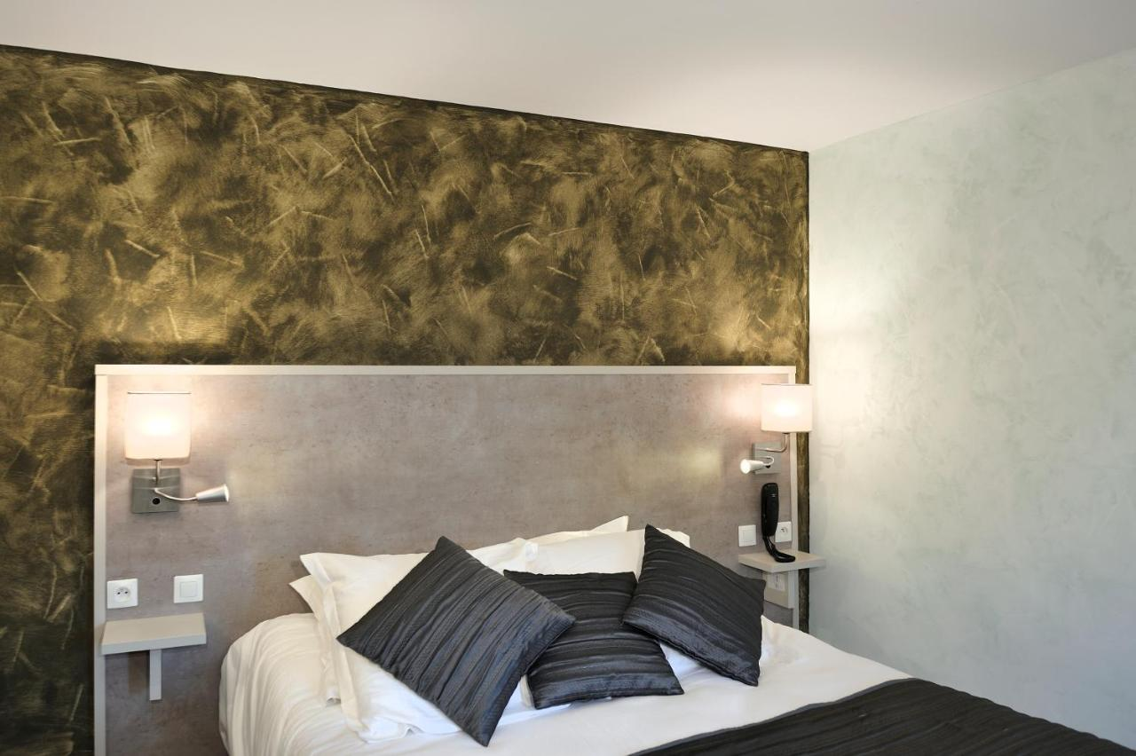 Hotels In Villefranche-sur-cher Centre