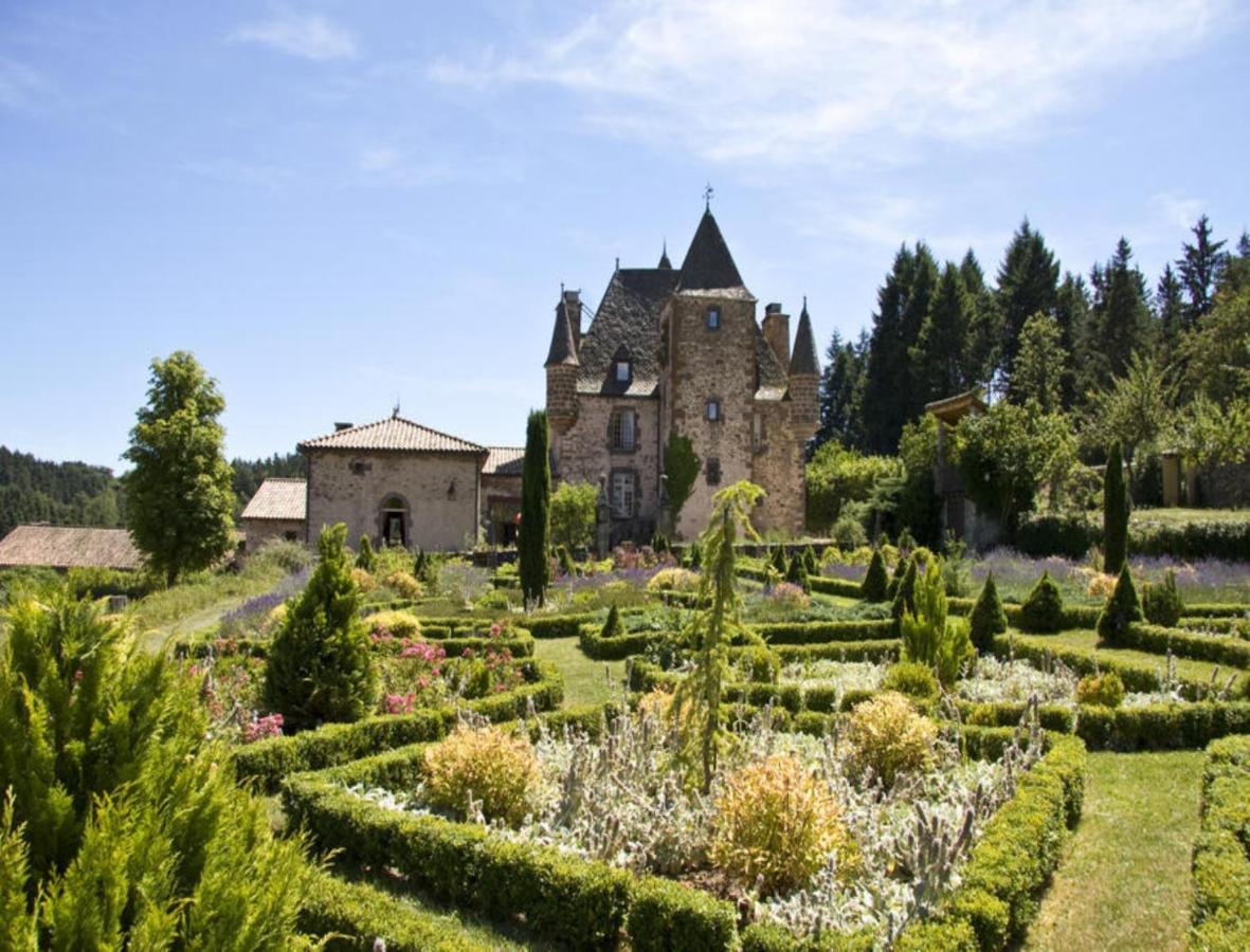 Hotels In Ruines Auvergne