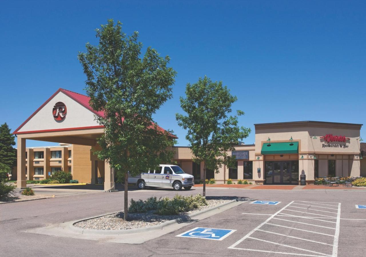 Hotels In Watertown South Dakota