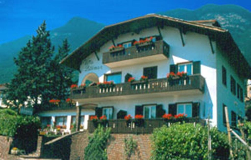 Bed And Breakfasts In Appiano Sulla Strada Del Vino Trentino Alto Adige