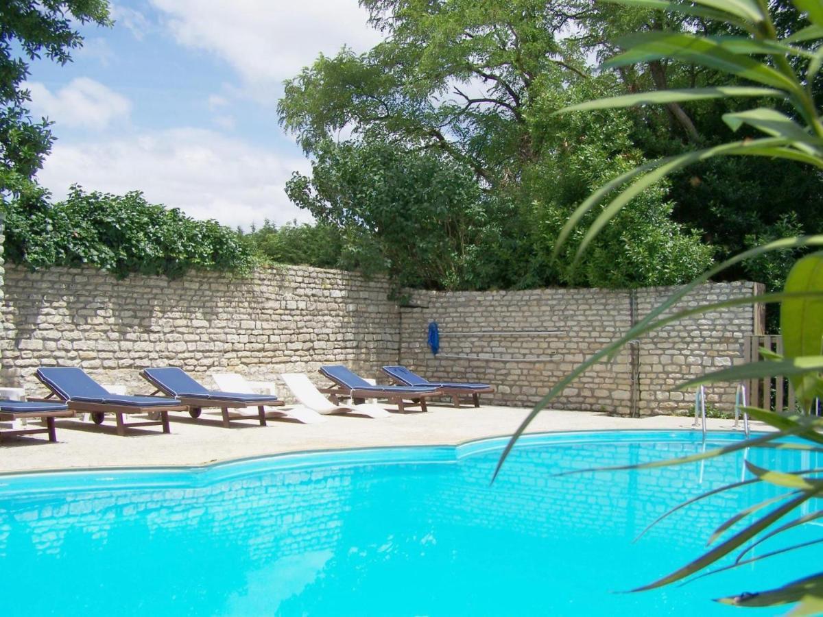Guest Houses In Puyravault Pays De La Loire