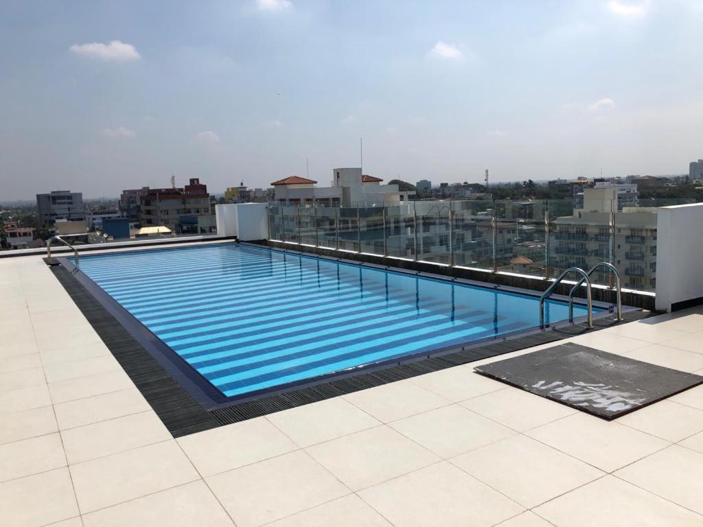 Blue Ocean Apartments Mount Lavinia Karagampitiya Sri Lanka Booking