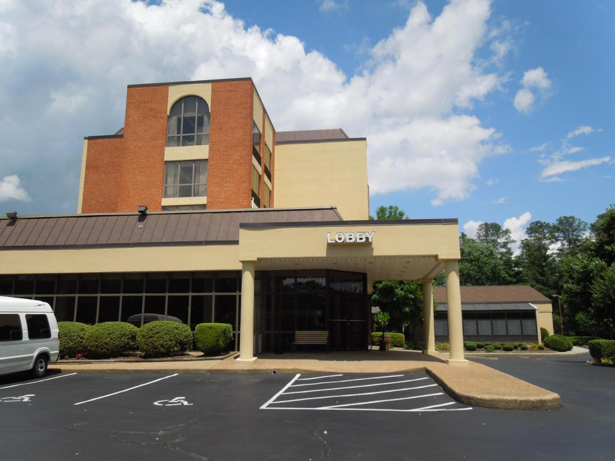 Hotels In Burkes Corner Virginia