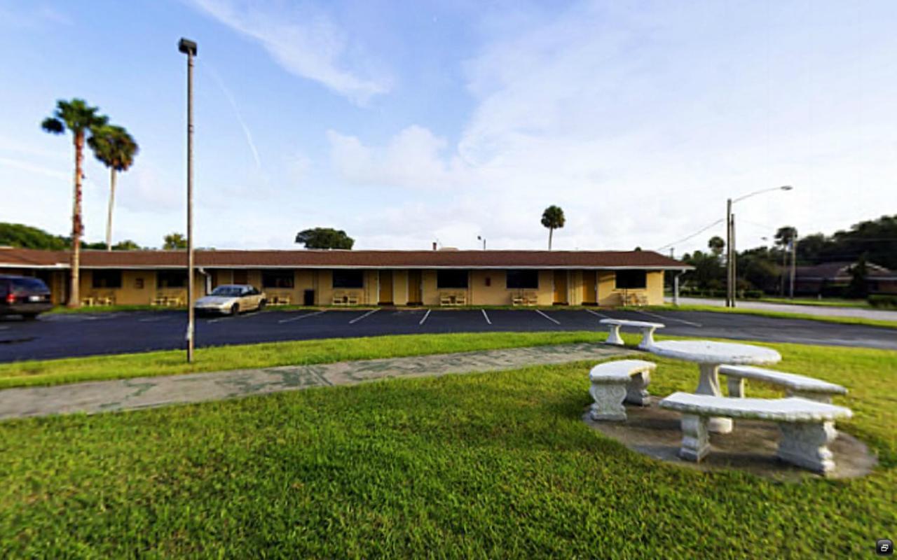 Value Inn Daytona Beach, FL - Booking.com
