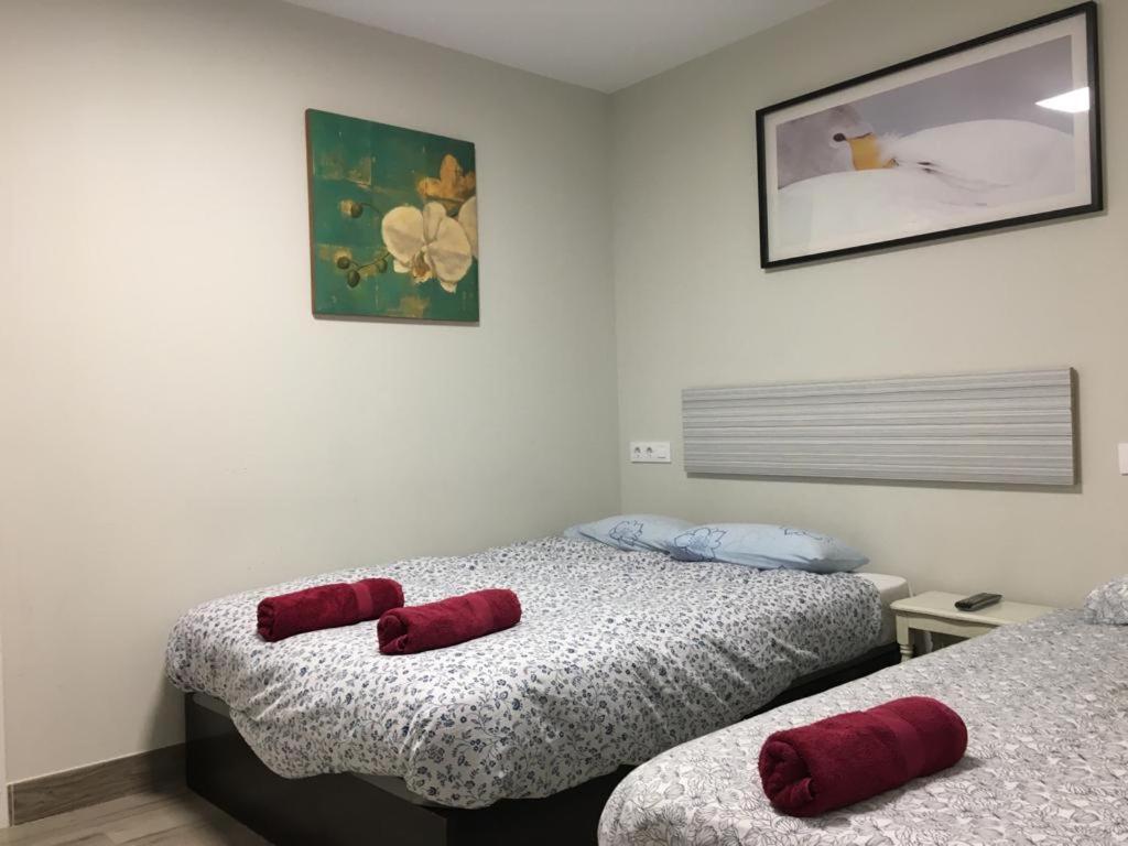 Hostels In Islallana La Rioja