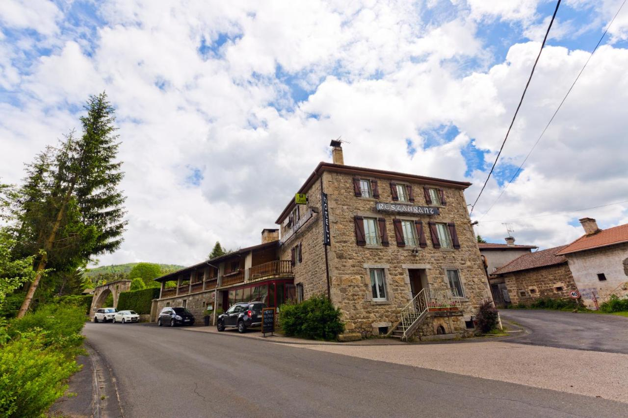 Hotels In Usson-en-forez Rhône-alps