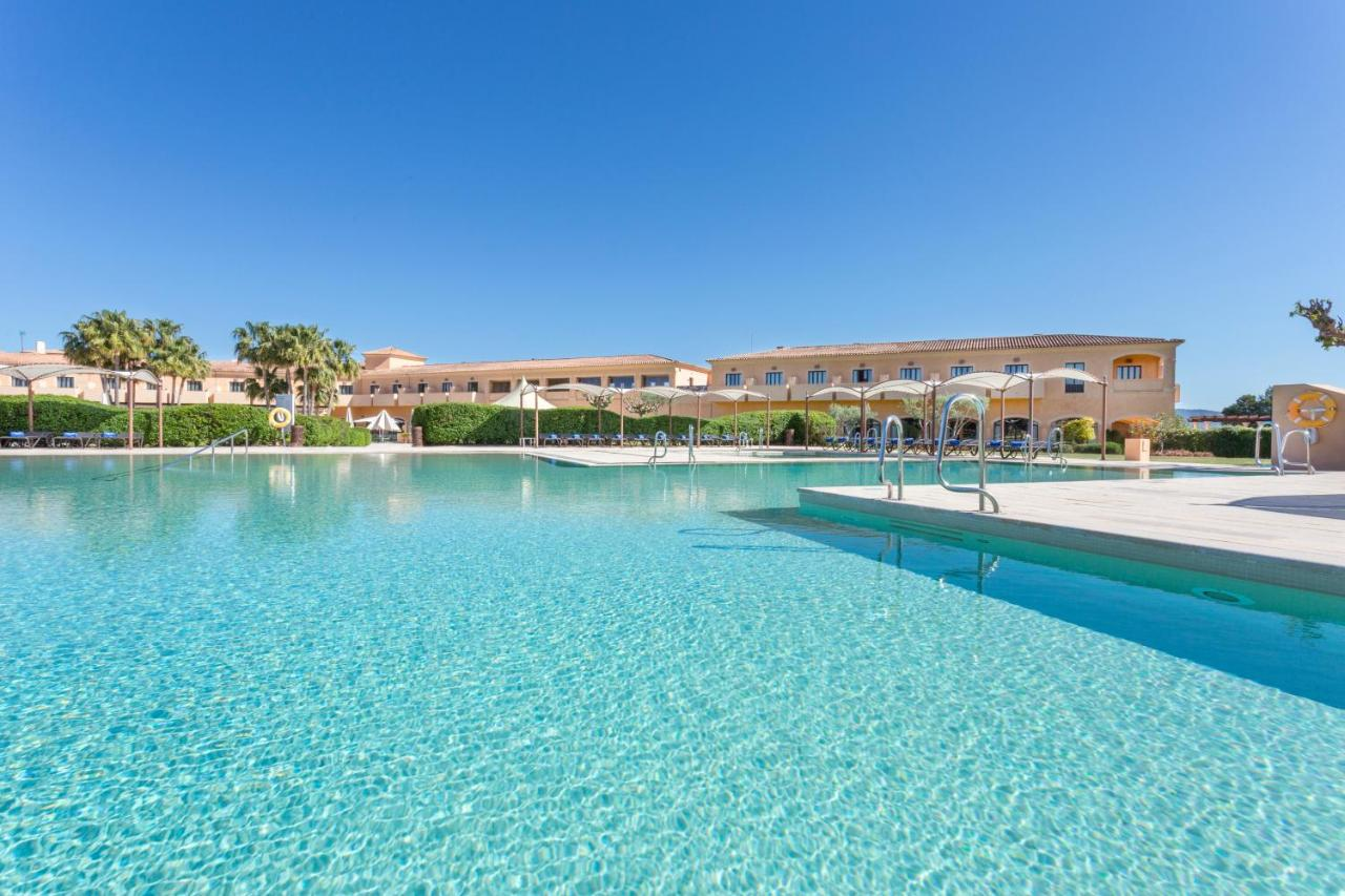 Resorts In La Cabaneta Majorca