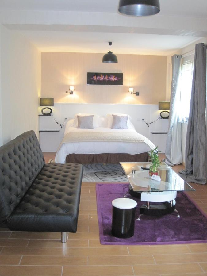 Hotels In Roussac Limousin