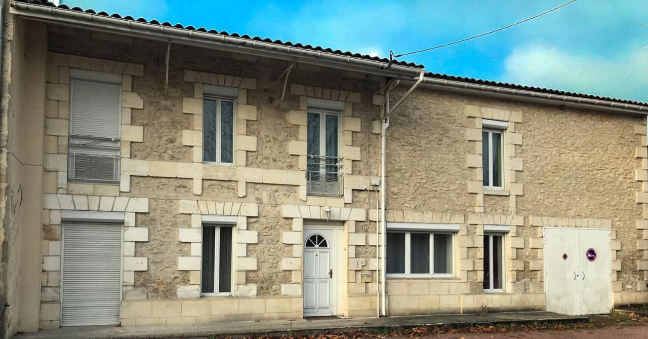 Guest Houses In Saint-caprais-de-blaye Aquitaine