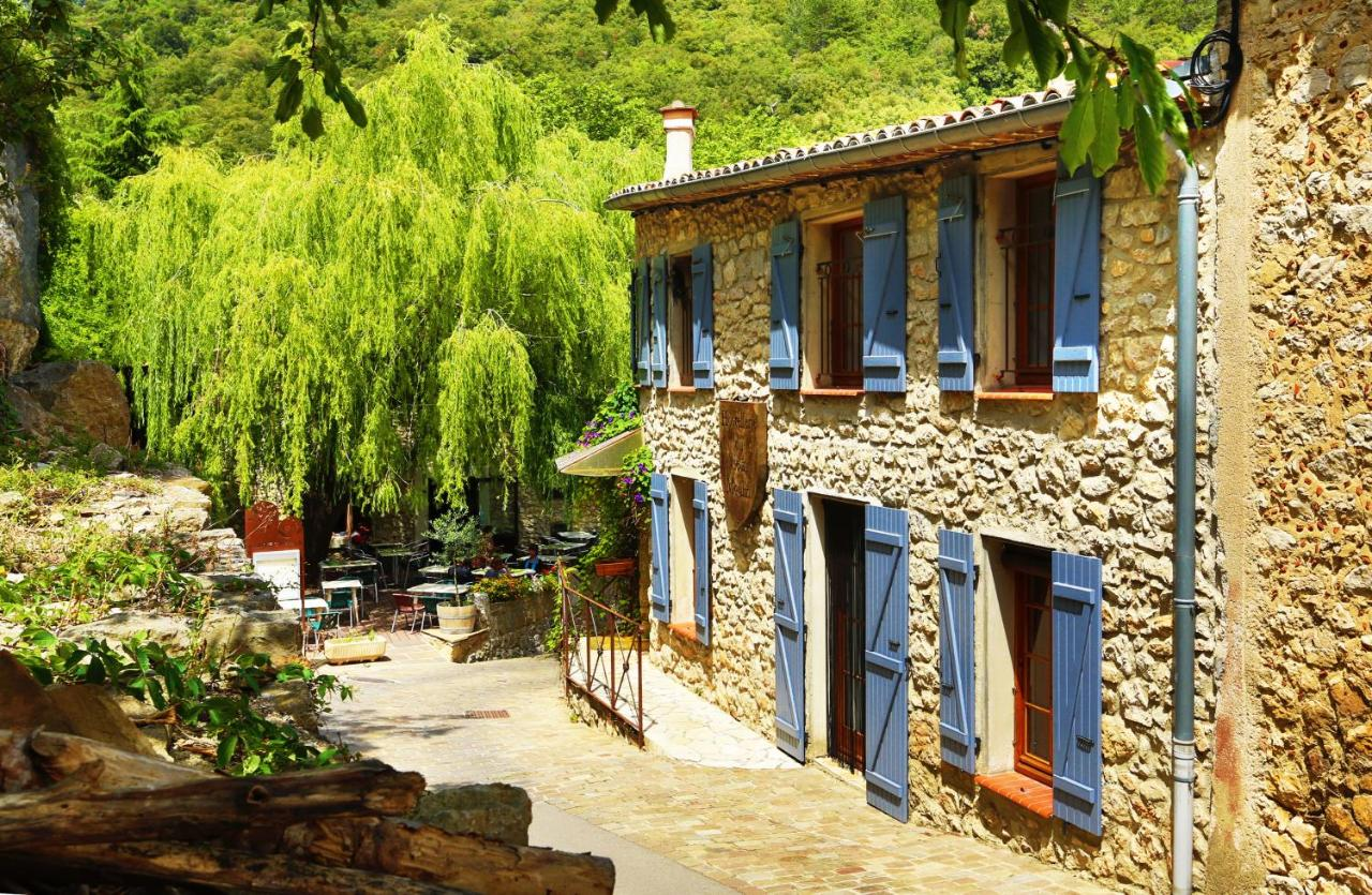 Hotels In Villeneuve-les-corbières Languedoc-roussillon