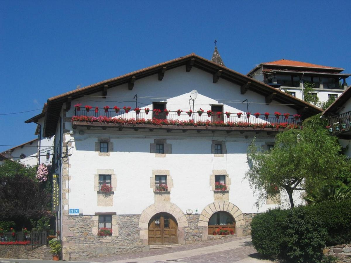 Guest Houses In Arrarats Navarre