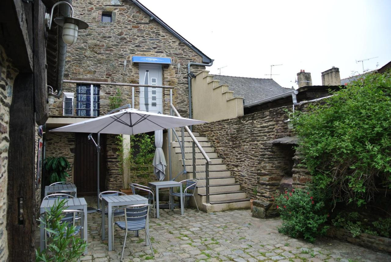 Guest Houses In Quelneuc Brittany