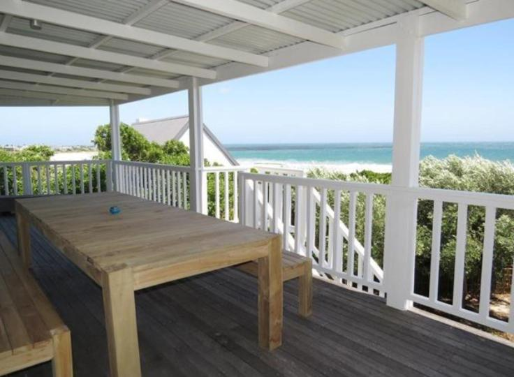 fba8e3506aa Villa Surf House Cape Town- Big family friendly house with stunning views