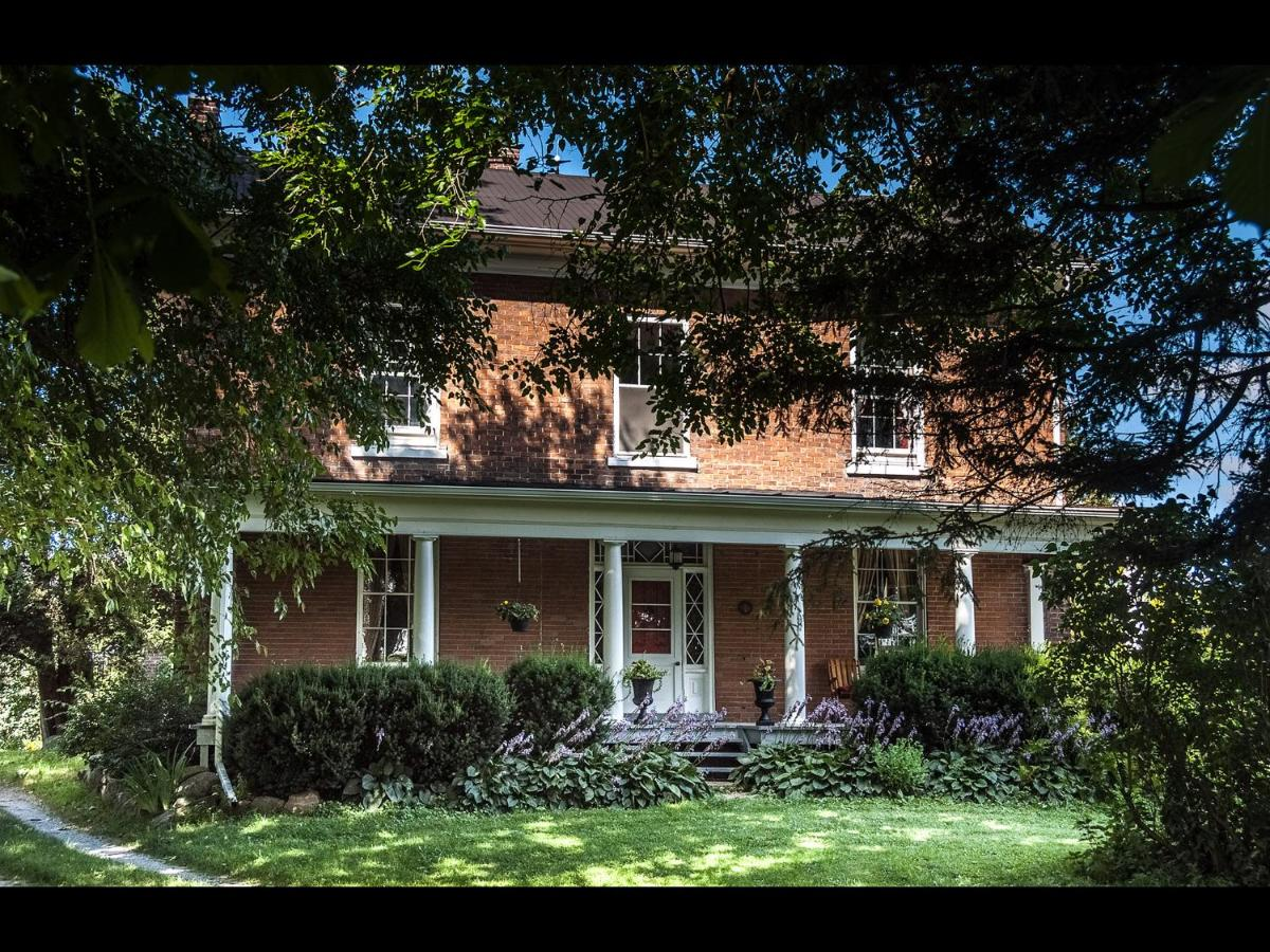 Bed And Breakfasts In Waterford Ontario