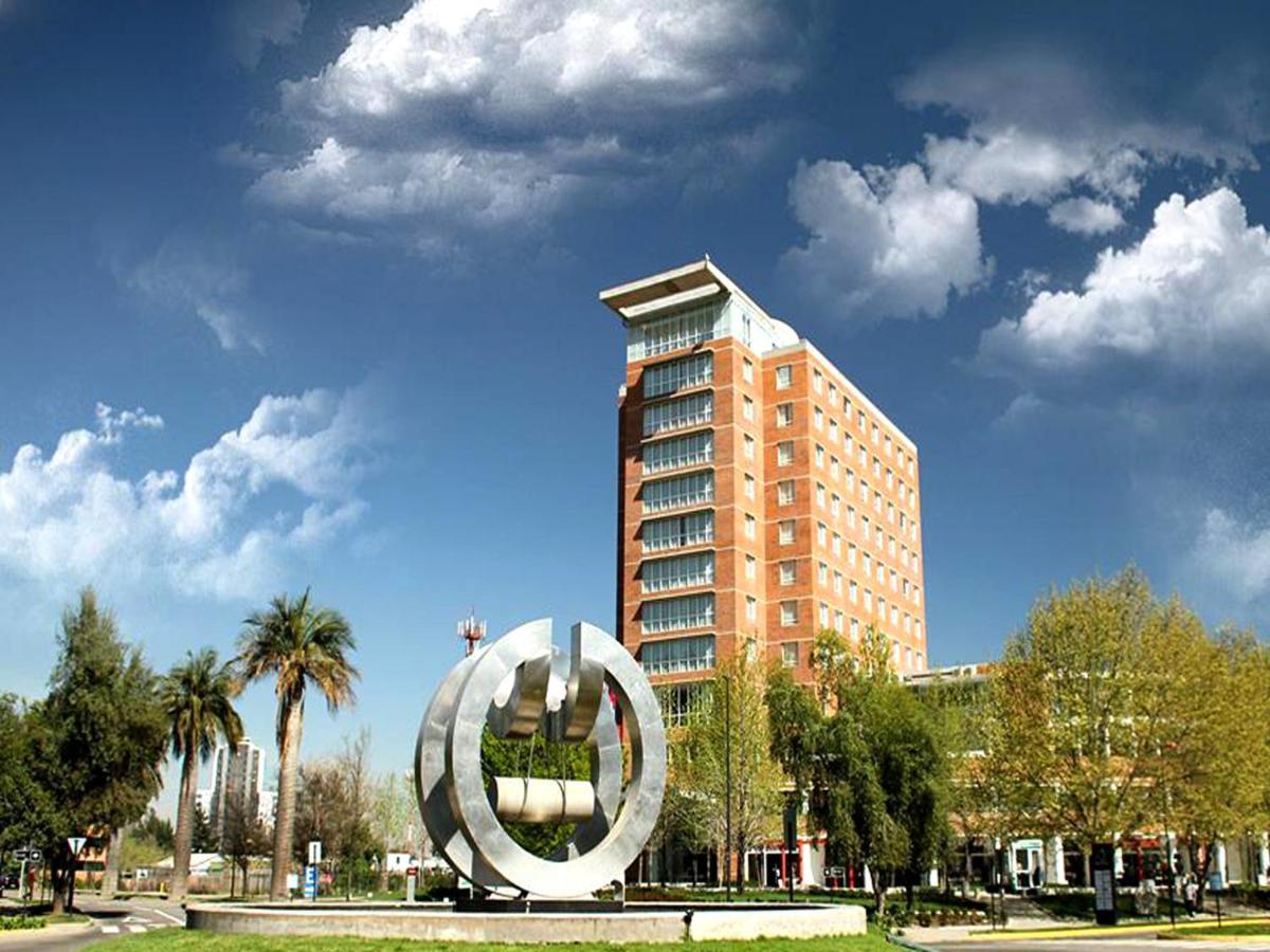 Hotels In Estación Colina Metropolitan Region