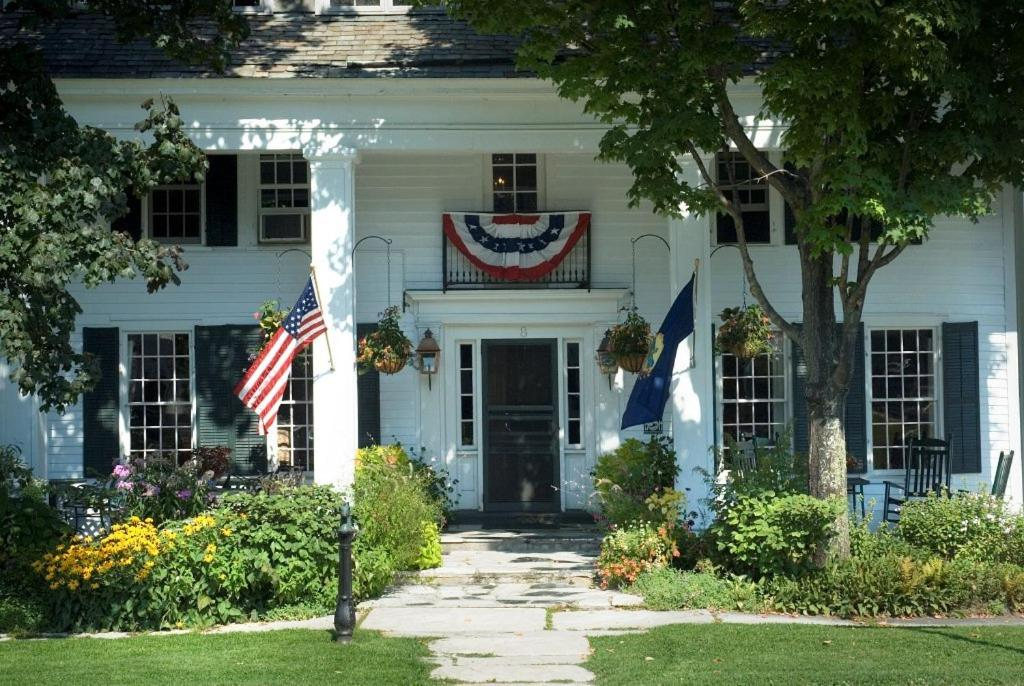 Bed And Breakfasts In Sandgate Vermont