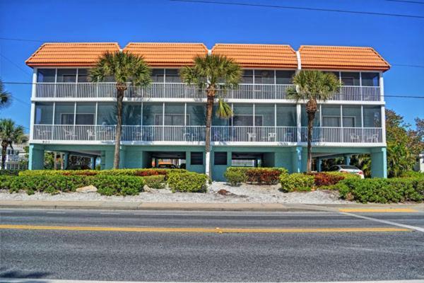 Pelican Cove 15 Condo, Bradenton Beach, FL - Booking com