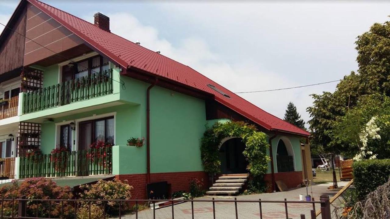 Anci Vendégház Gyenesdiás Hungary Bookingcom