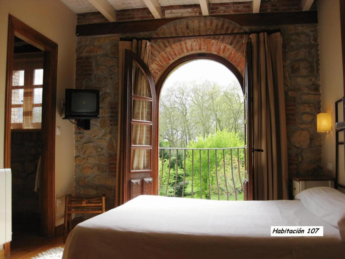 Hotels In Barros Cantabria