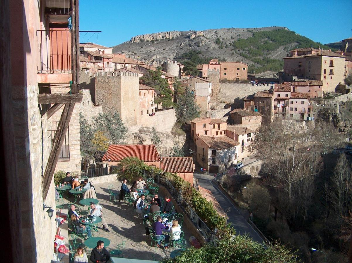 Guest Houses In Valdecuenca Aragon