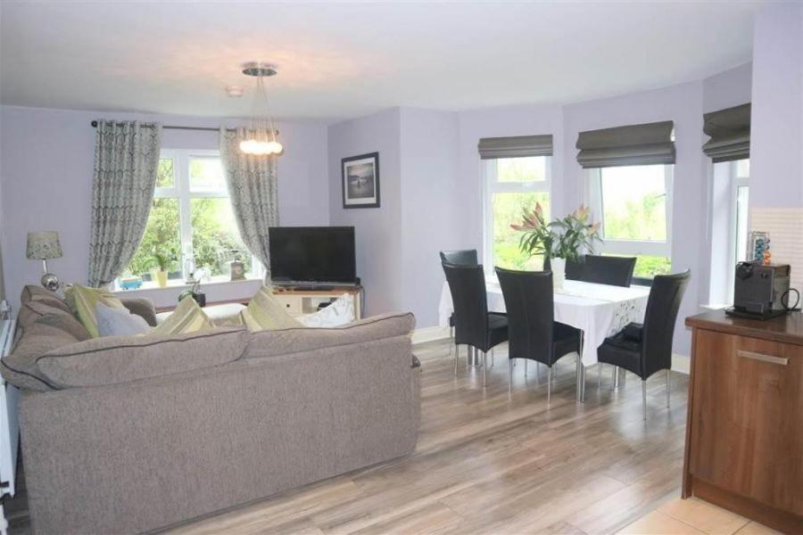 Mill Valley Apartment, Belfast, UK - Booking com