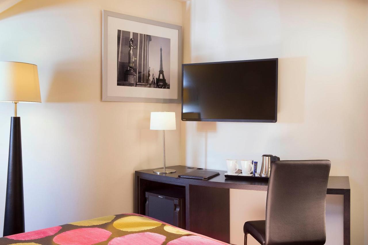 Hotel Edgar Quinet Hatel Le M Paris France Bookingcom