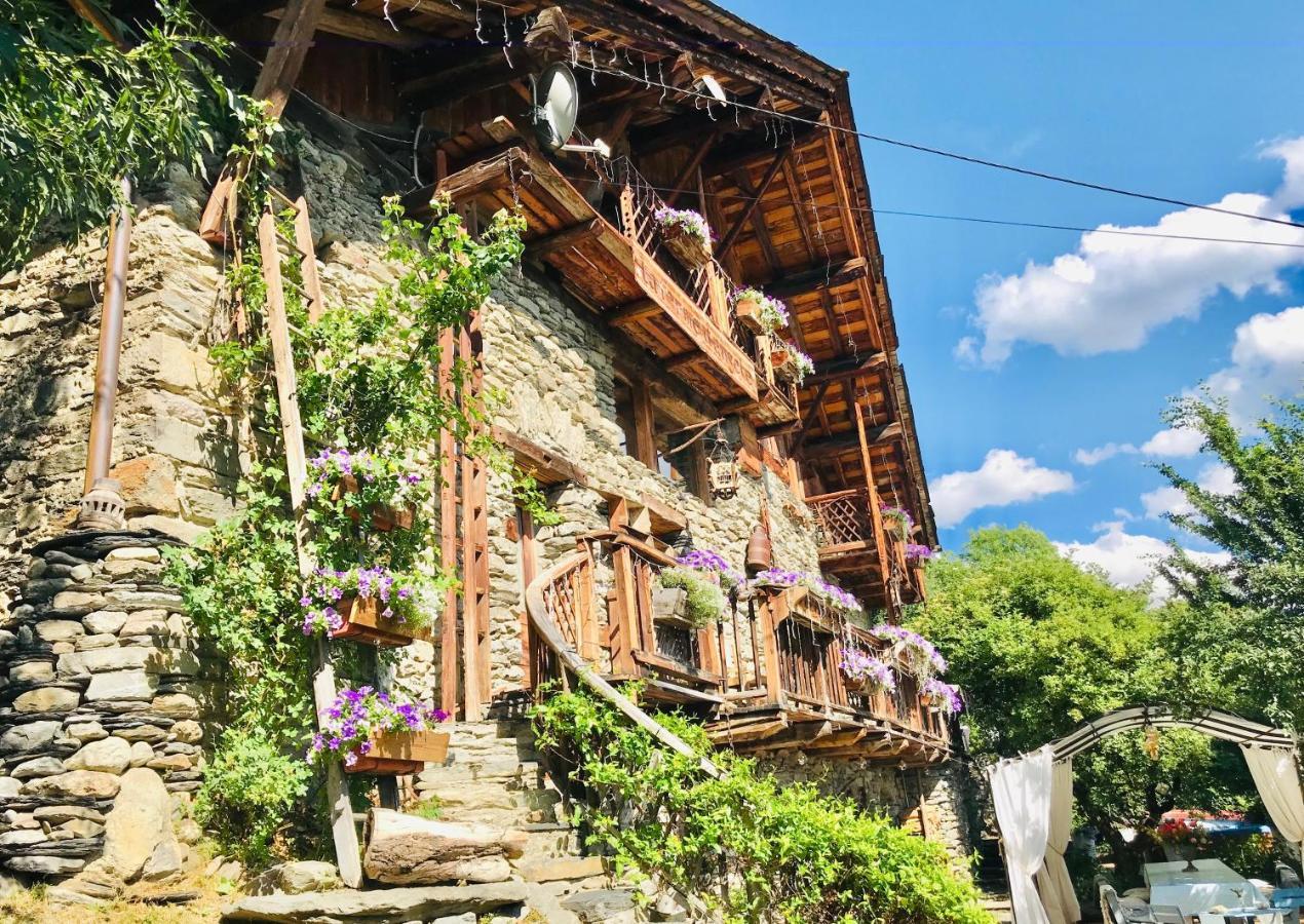 Guest Houses In Versoye Rhône-alps