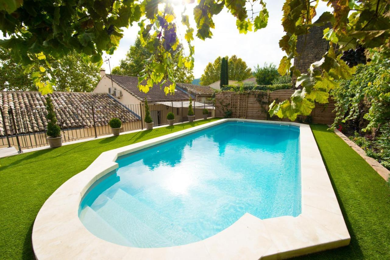Guest Houses In Vaugines Provence-alpes-côte D