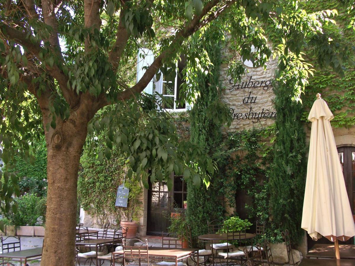 Guest Houses In Viens Provence-alpes-côte D