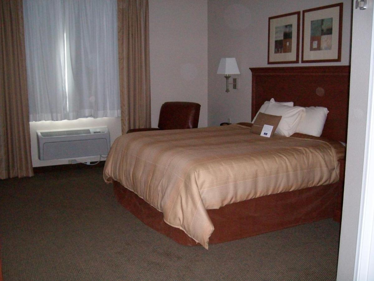 Hotel Candlewood Bartlesville, OK - Booking.com