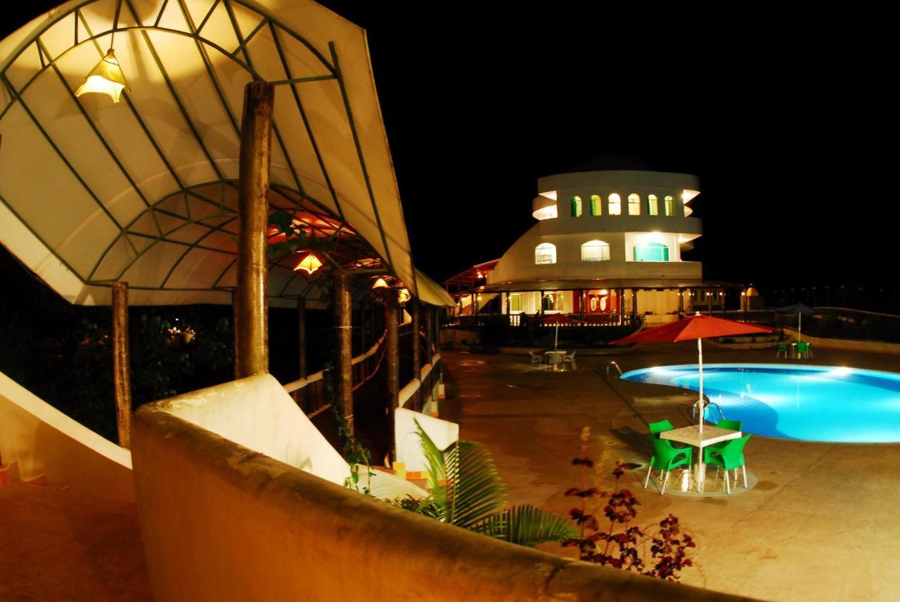 Hotels In Mashpi