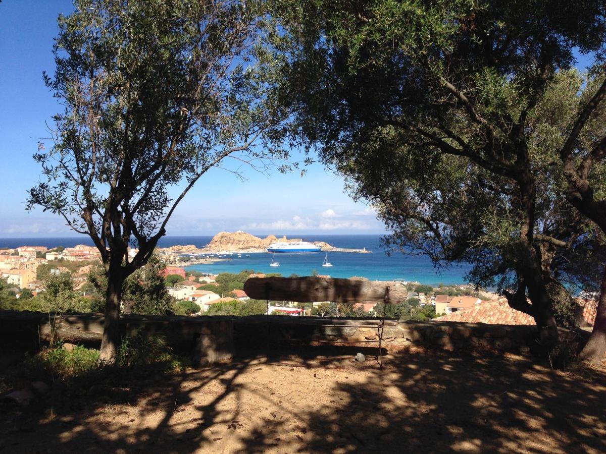Hotels In Occhiatana Corsica