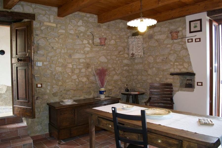 Arredamenti rustici per interni angolo bar in muratura rustico